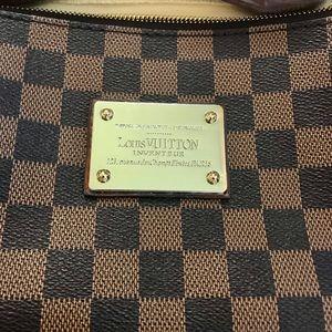 Luis Vuitton Crossbody